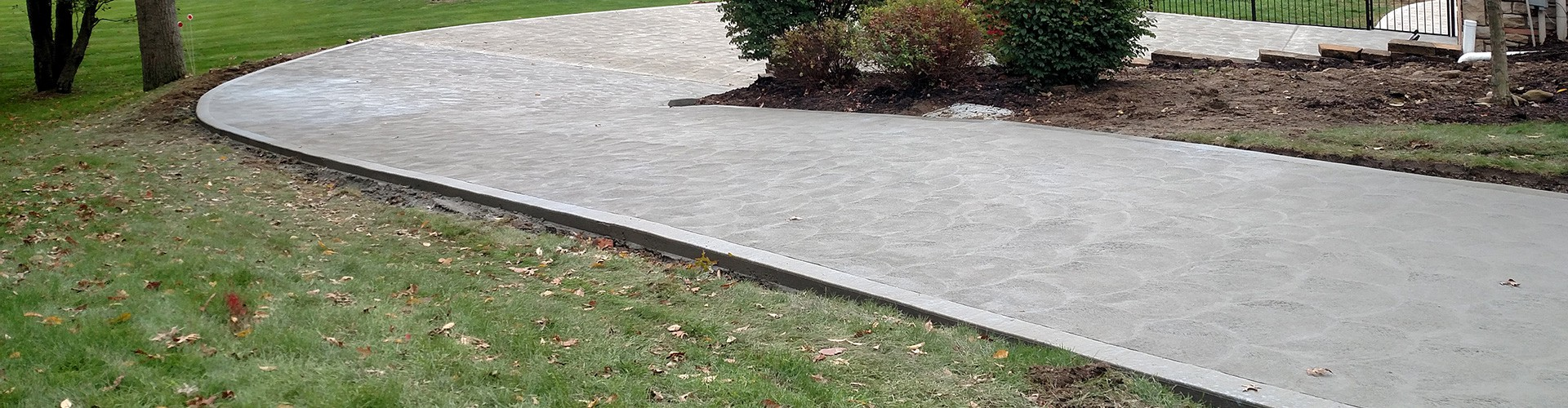 curved_and_sloping_residential_driveway