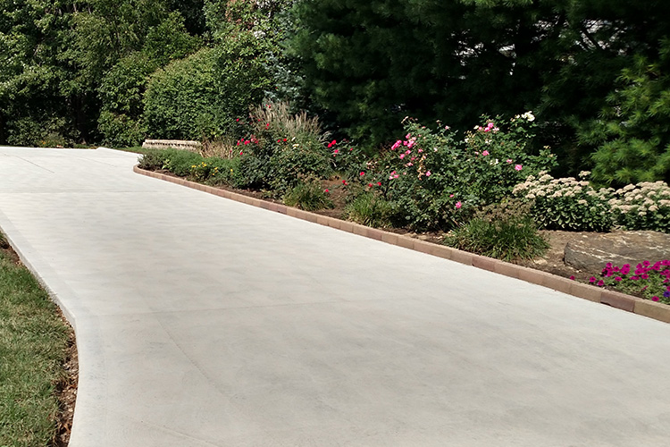 residential driveway construction by Domenico concrete