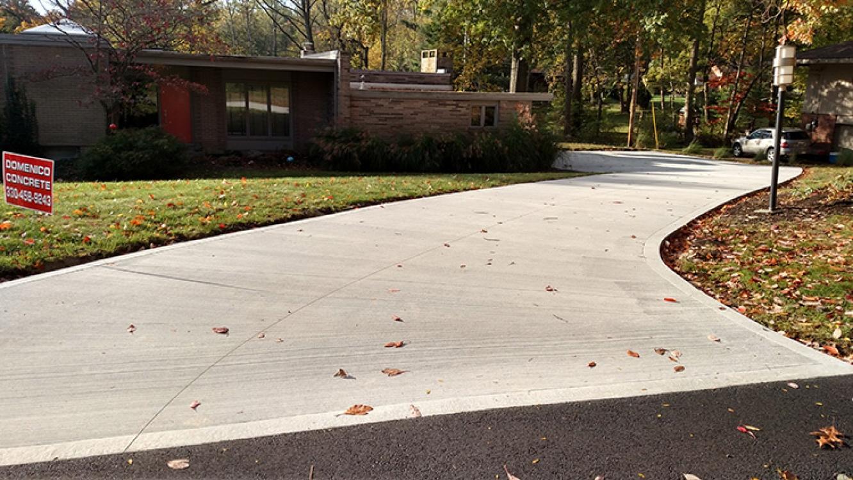 basic curved driveway in urban setting
