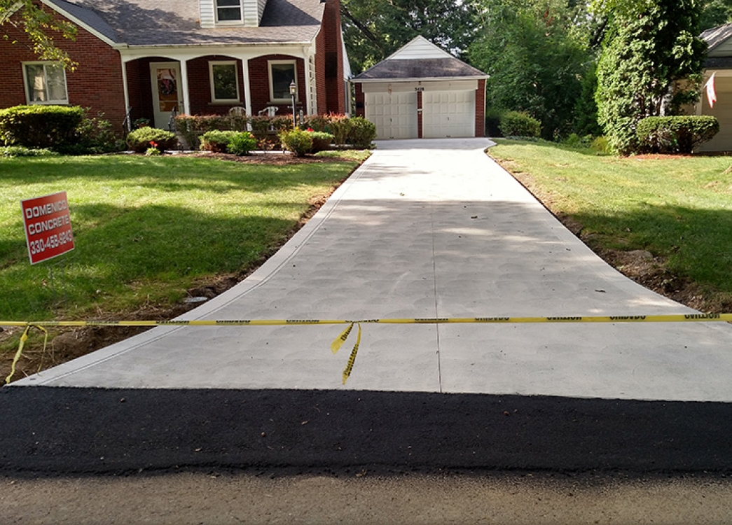 standard straight driveway in city